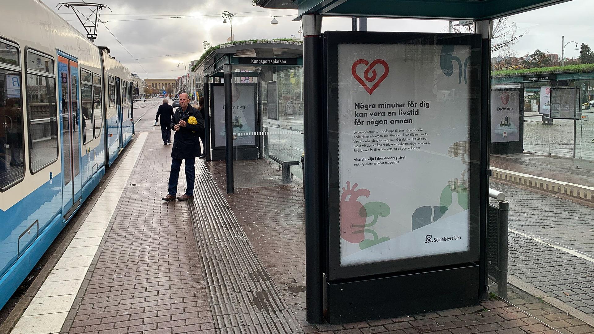 Organdonation, affisch vid busshållplats